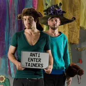 Antientertainers - Presspic 5 - Copyright by Antientertainers & Melanie Jeschke